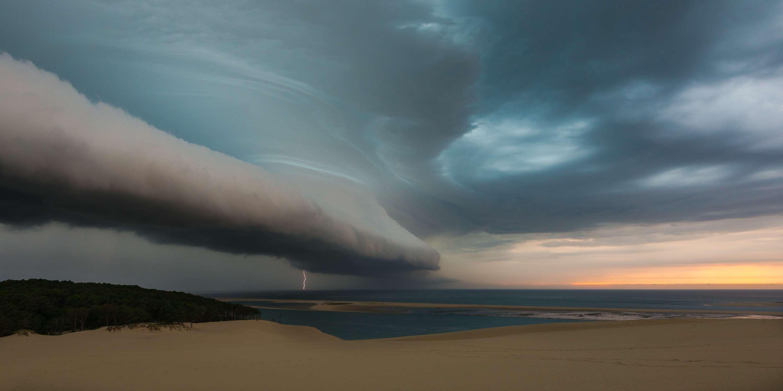 вкусу данное эпический шторм библейских масштабов фото жизнь вдохновила