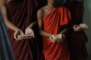 Les dons, Birmanie - Tiziana et Gianni Baldizzone
