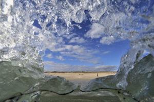 """La plage de Gavres dans le Morbihan, vue de """"l'intérieur""""… - © Xavier Desmier"""