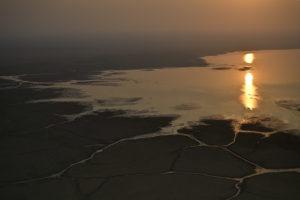 Lever du jour dans le Parc de Gorongosa au Mozambique - Olivier Grunewald